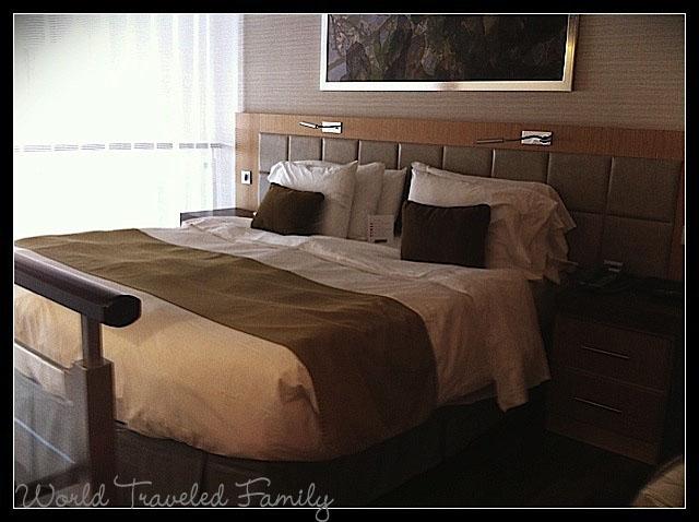 Allure of the Seas - Crown Sky Loft bedroom