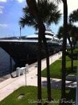 Hilton Ft. Lauderdale Marina - yacht