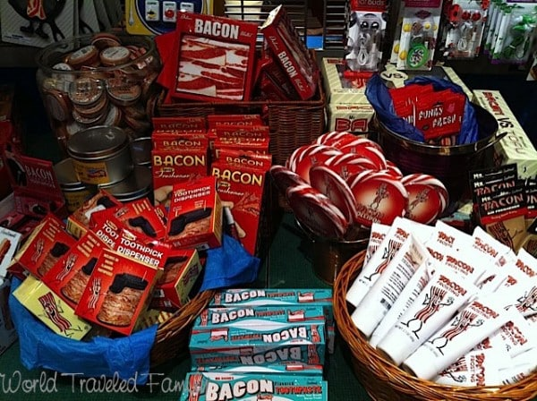 Lynns Paradise Cafe - Bacon Merchandise