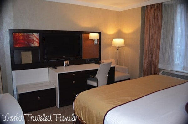 Staybridge Suites Times Square - king suite
