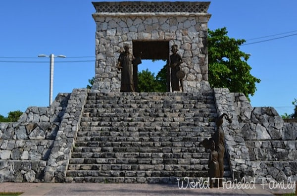 mayan pyramid san miguel cozumel