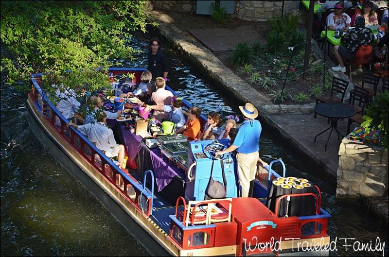 Dinner Cruise on the San Antonio Riverwalk