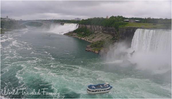 The maid of the mist, horseshoe falls, Niagara Falls