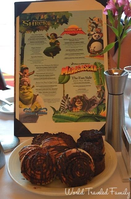 Freedom of the Seas - Dreamworks character breakfast menu