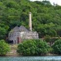 St. Thomas Kon Tiki Boat Tour - the Head House on Hassel Island