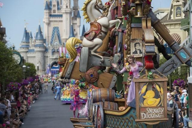 Disney Festival Of Fantasy Parade Tangled World