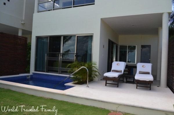 El Dorado Maroma Beachfront Villas - patio and pool