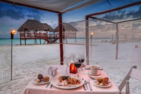 El Dorado Maroma beachfront dining