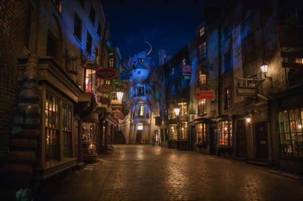 Wizarding World of Harry Potter - Diagon Alley at night
