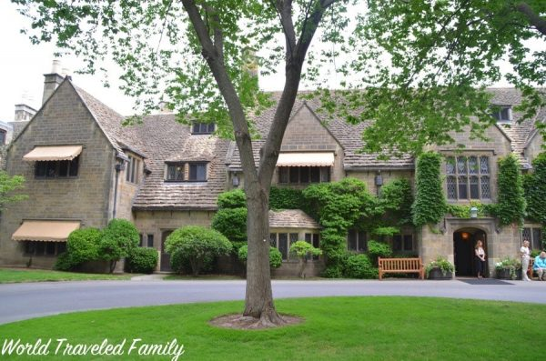 Edsel & Eleanor Ford House - view from the front