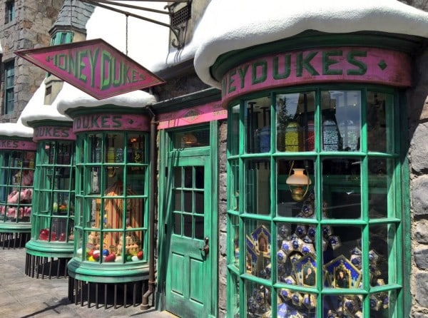 Honeydukes Universal Hollywood Studios Wizarding World Of Harry Potter