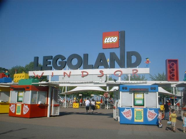 5 Destinations around London That Are Perfect to See With Your Kids: Legoland