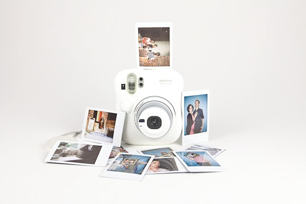Bring Some Nostalgia To Your Vacation With The Fuji Instax Mini 7s