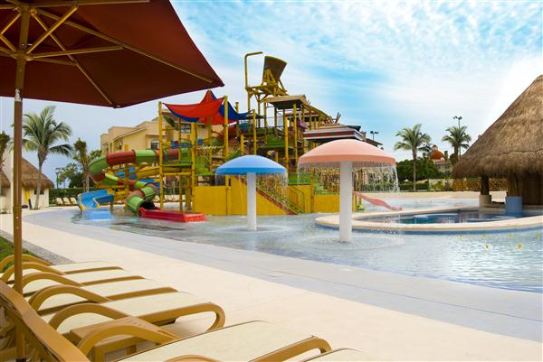 Family Fun at the Sea Adventure Resort & Waterpark