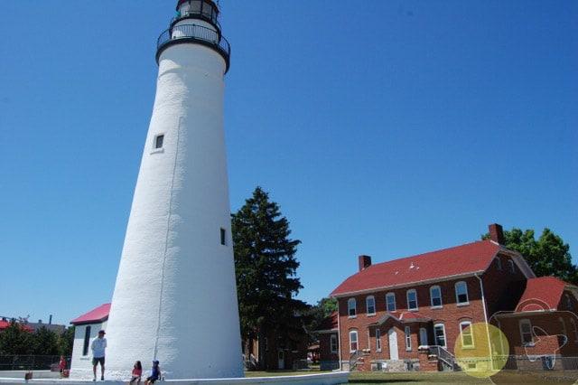Fort Gratiot Lighthouse – Climb Michigan's Oldest Standing Lighthouse