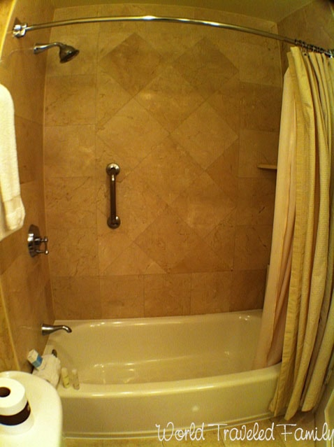 Omni La Mansion del Rio - shower