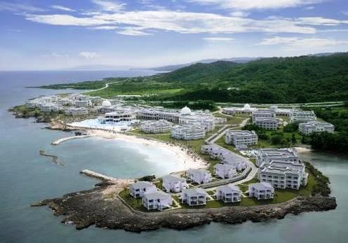 Featured Review ~  Grand Palladium Jamaica Resort & Spa