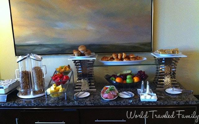 Intercontinental Toronto - breakfast