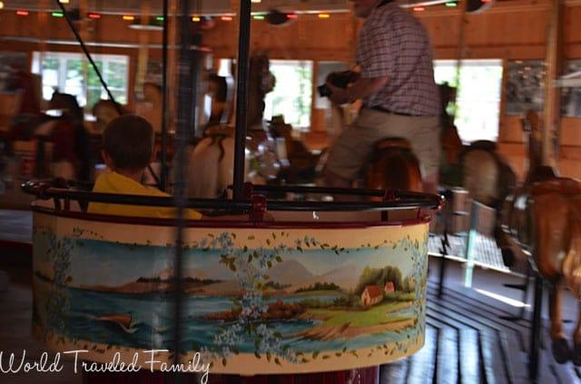 Allan Herschell Carrousel Factory Museum - spinning tea cup