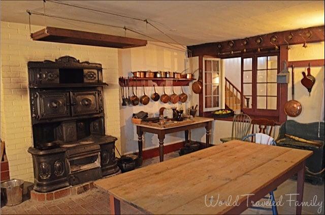 Dundurn Castle - kitchen