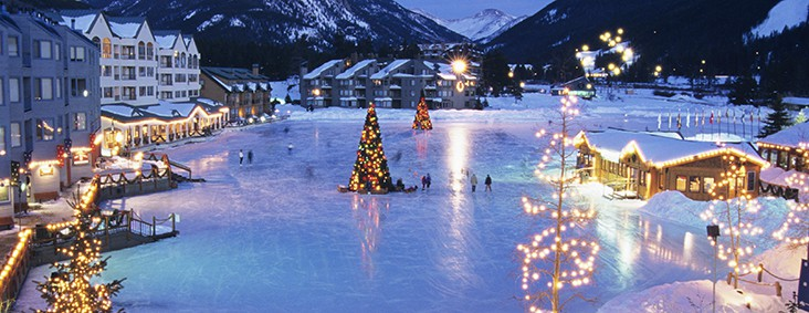 Winter Lakeside Village Ice Skating In Keystone World