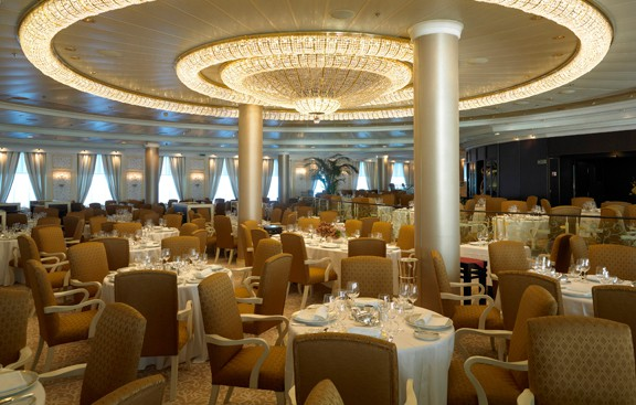 Ocenia Cruises dining room