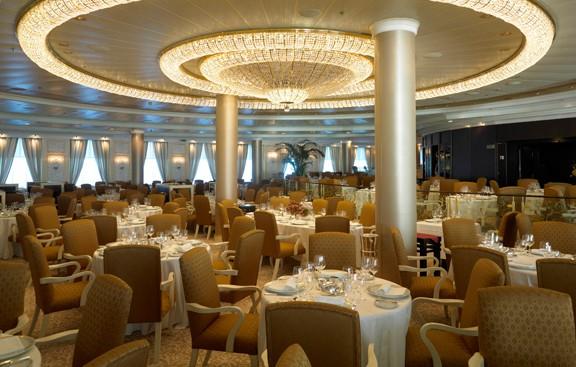 Ocenia Cruises dining room