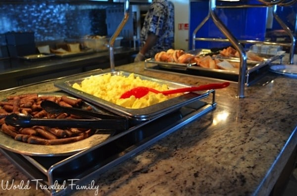 Freedom of the Seas - breakfast buffet