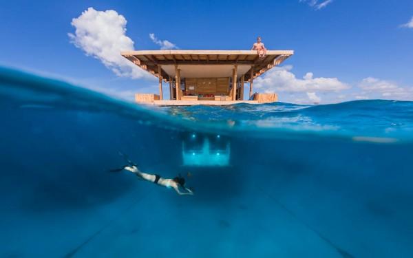 The Manta Resort - the underwater room