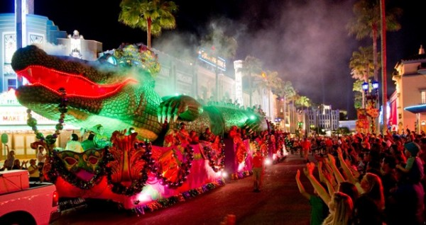 King Gator Float Mardi Gras at Universal Orlando