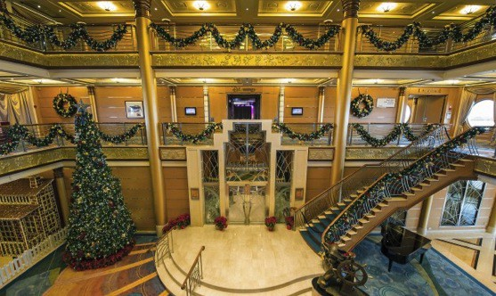 Magical Winter Holidays onboard Disney Magic