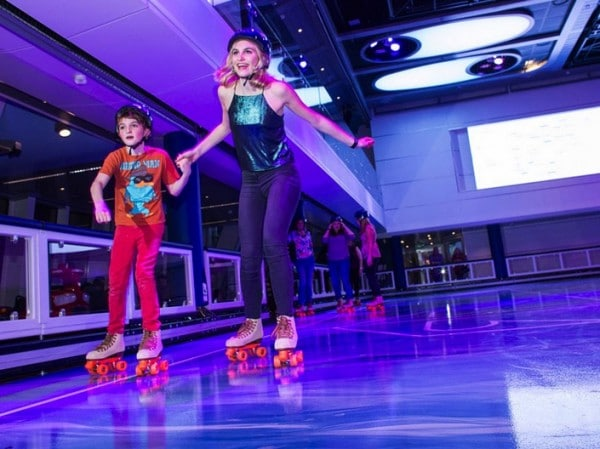 Anthem of the Seas - roller skating