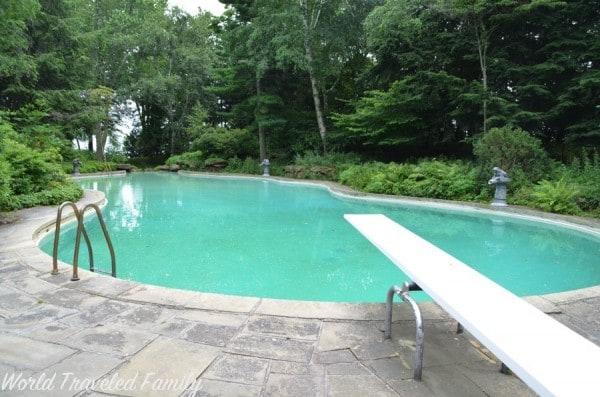 Edsel & Eleanor Ford House - pool
