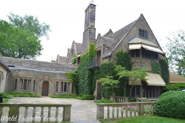 Edsel & Eleanor Ford House - terrace