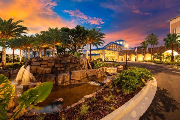 Universal Orlando's Sapphire Falls Resort - entrance