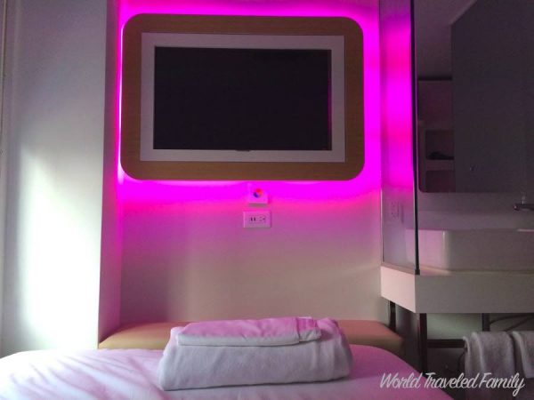 Yotel NYC Cabin Review - television
