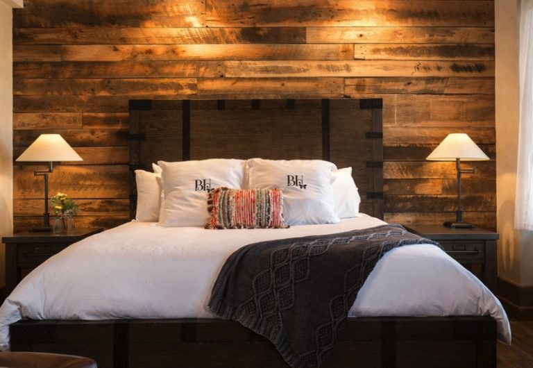 The Pioneer Woman Debuts Her New 'Boarding House' Hotel!