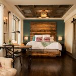 Ree Drummond Pioneer woman Boarding house hotel - butterfly suite